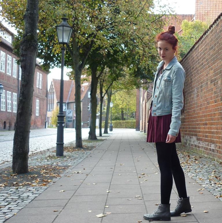 4_plisseerock_jeansjacke