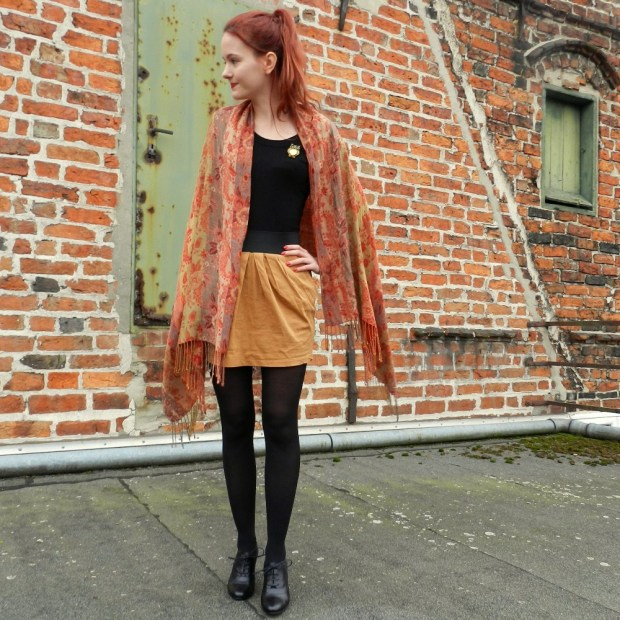 1_vintagescarf