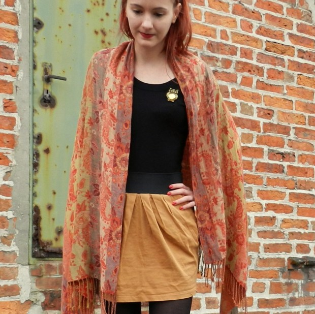 2_vintagescarf