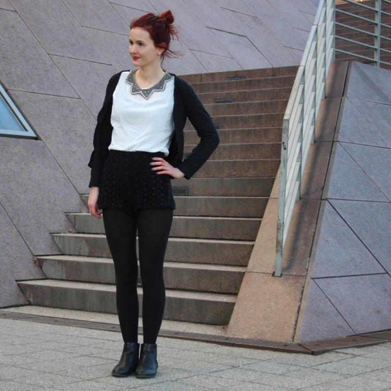 1_lace shorts zara blouse