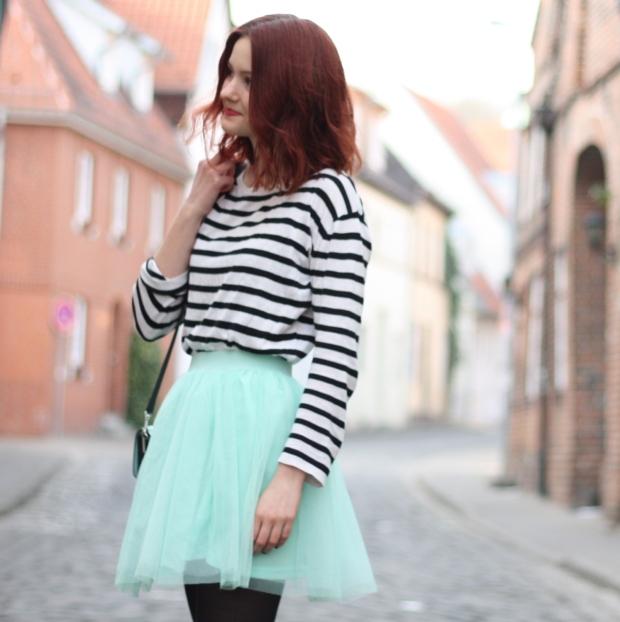 11_outfit_mintgrüner tüllrock gestreiftes Shirt