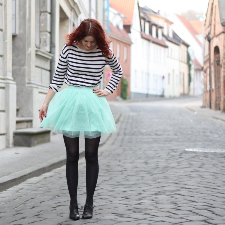 6_outfit_mintgrüner tüllrock gestreiftes Shirt