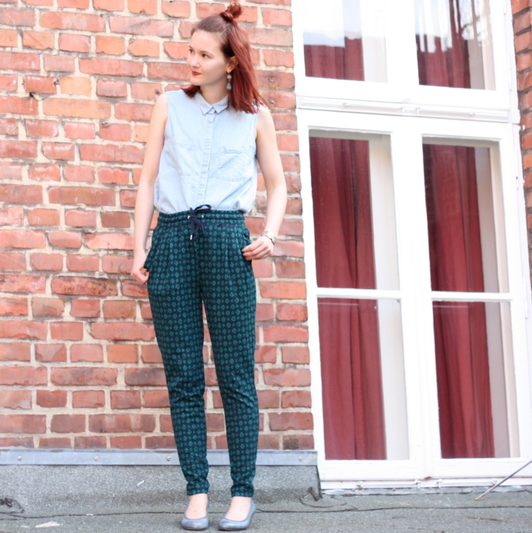 2_outfit_loose fit hose