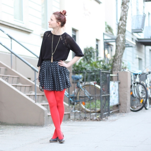 2_outfit_rote Strumpfhose