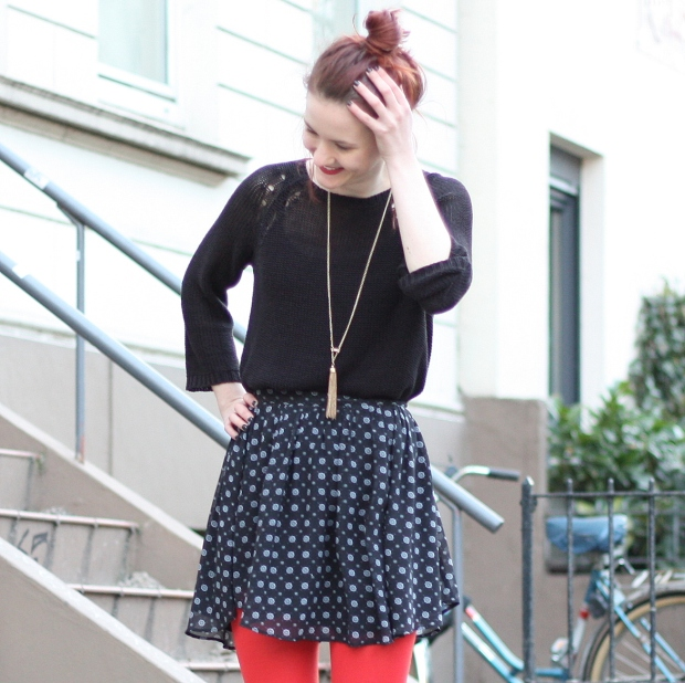 3_outfit_rote Strumpfhose