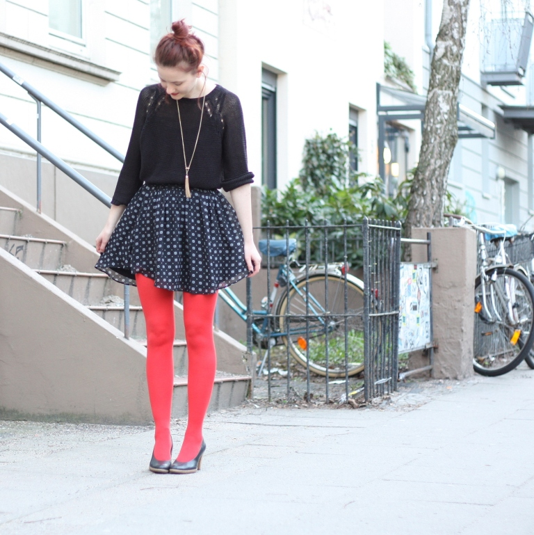 4_outfit_rote Strumpfhose