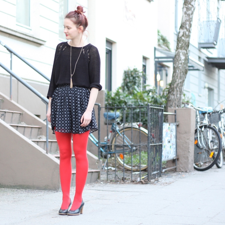 5_outfit_rote Strumpfhose