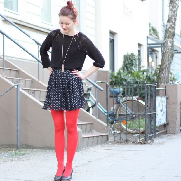 6_outfit_rote Strumpfhose