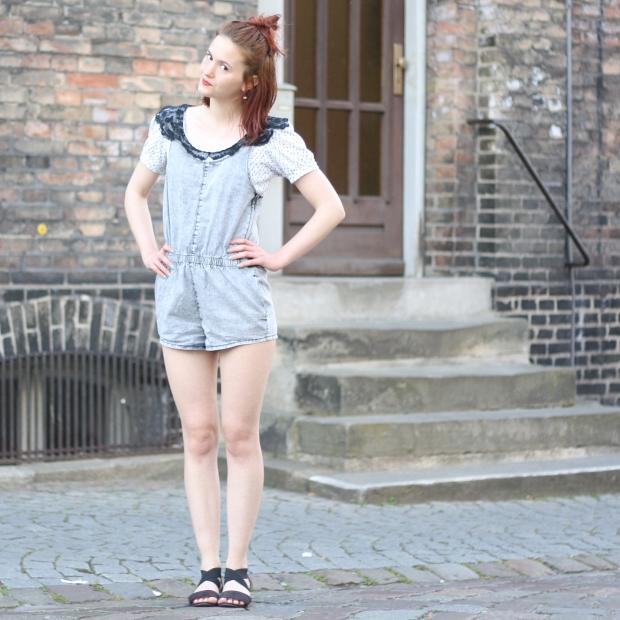 1_outfit_denim romper_latzhose