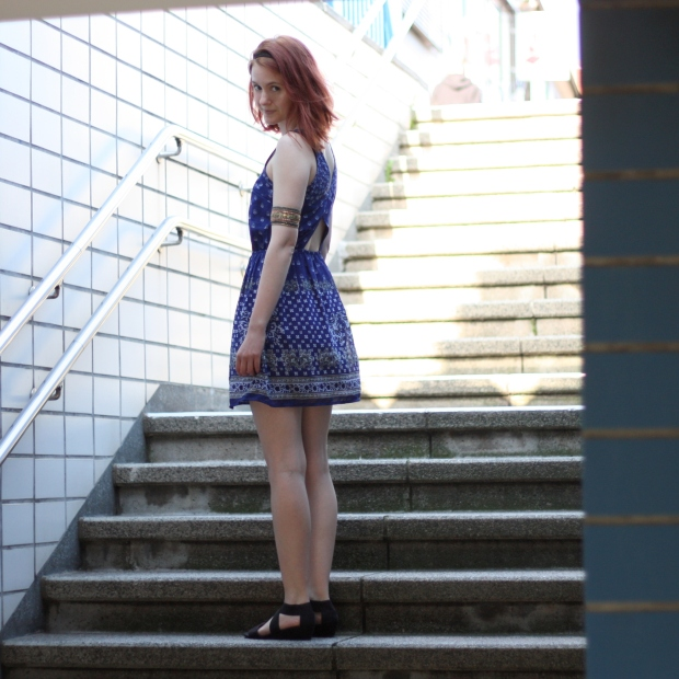 5_outfit_kleid rückenausschnit