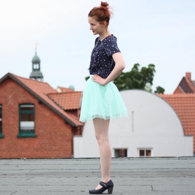 11_mintgrüner Tüllrock blaues Sternenoberteil