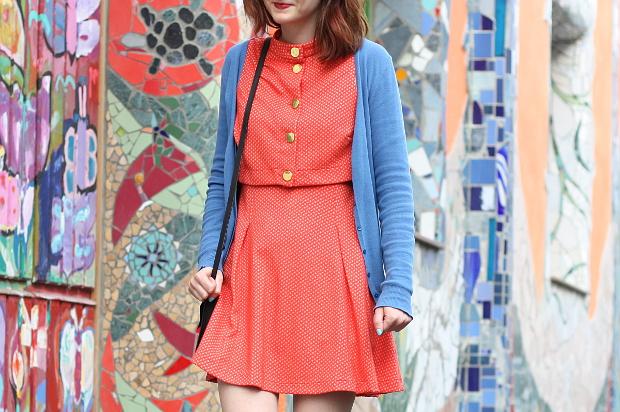 Modeblog Düsseldorf Streetstyle Outfit Farben Vintage Kleid (3)