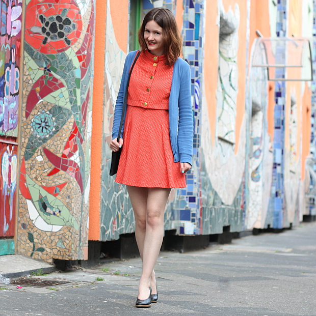 Modeblog Düsseldorf Streetstyle Outfit Farben Vintage Kleid (5)