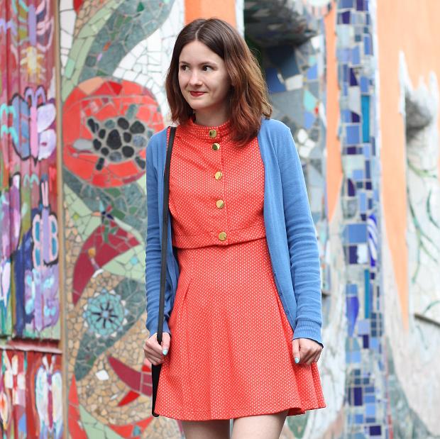 Modeblog Düsseldorf Streetstyle Outfit Farben Vintage Kleid (6)